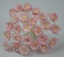 1.3cm VERY LIGHT PINK DOUBLE-LAYERED Daisy Mulberry Paper Flowers